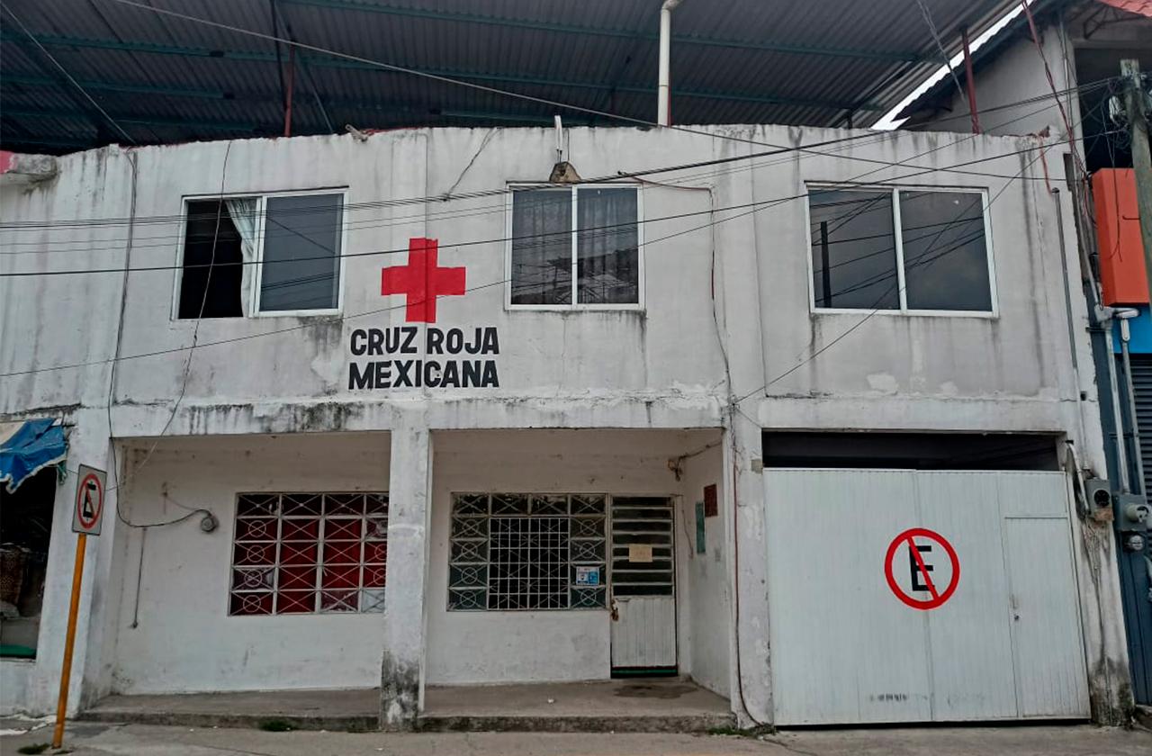 Tras contagios del personal cierran Cruz Roja en Las Choapas