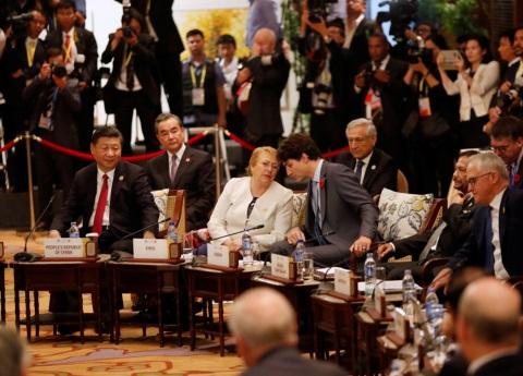 Trudeau traba acuerdo sobre el TPP en Vietnam