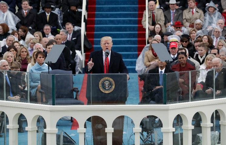 Trump jura como presidente: desde ahora, EU siempre será primero