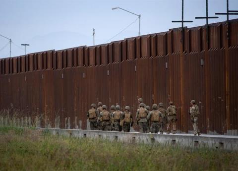 Nuevo amague de Trump a México por éxodo migrante, advierte cierre fronterizo