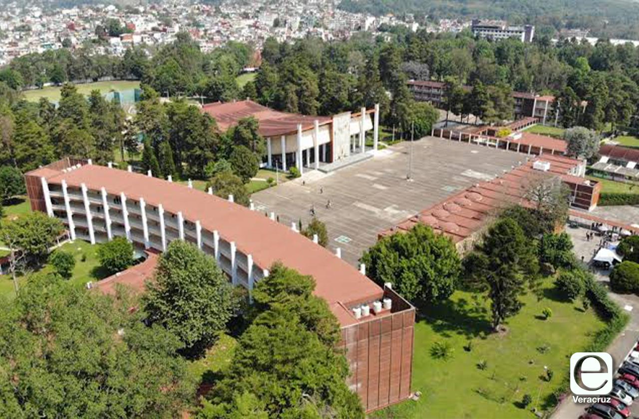 Concluye paro en Normal Veracruzana; estudiantes negocian más seguridad