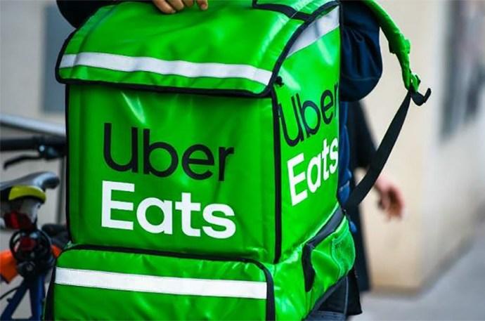 Trabajadores de Uber Eats se oponen a empadronamiento, en Veracruz puerto