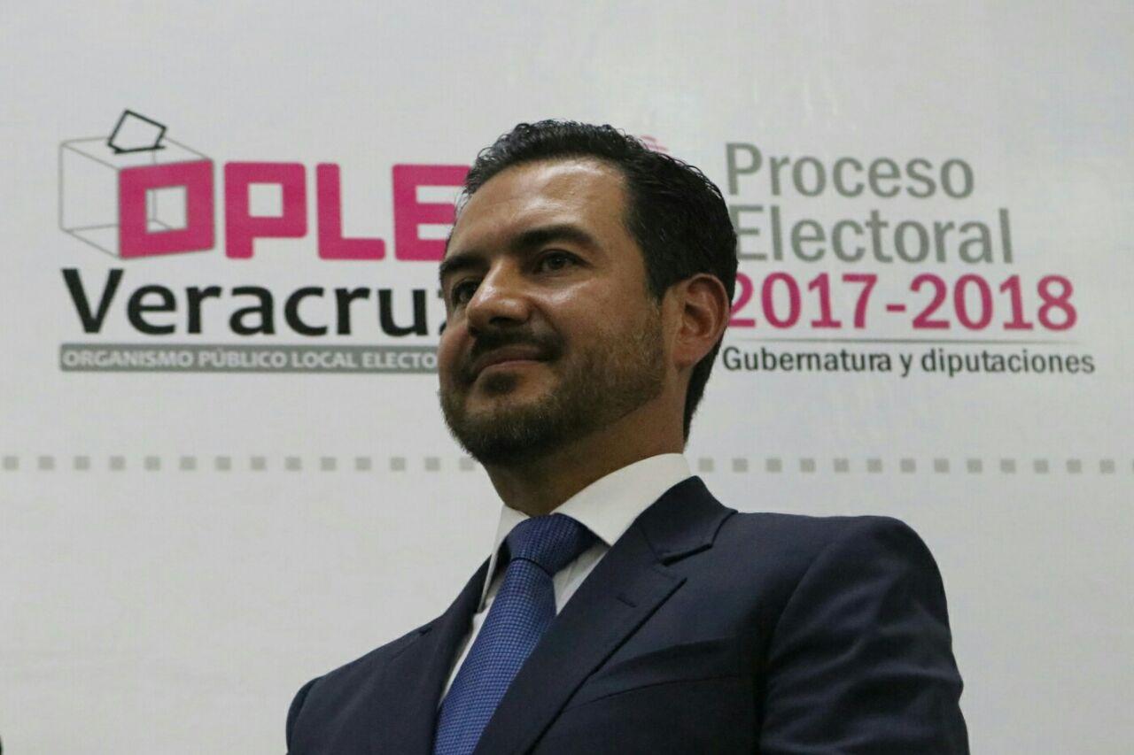 """""""Haré una campaña optimista"""", asegura Yunes Márquez en registro"""