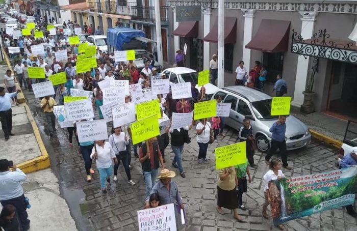 Protestan en Misantla contra privatización del agua y megaproyectos
