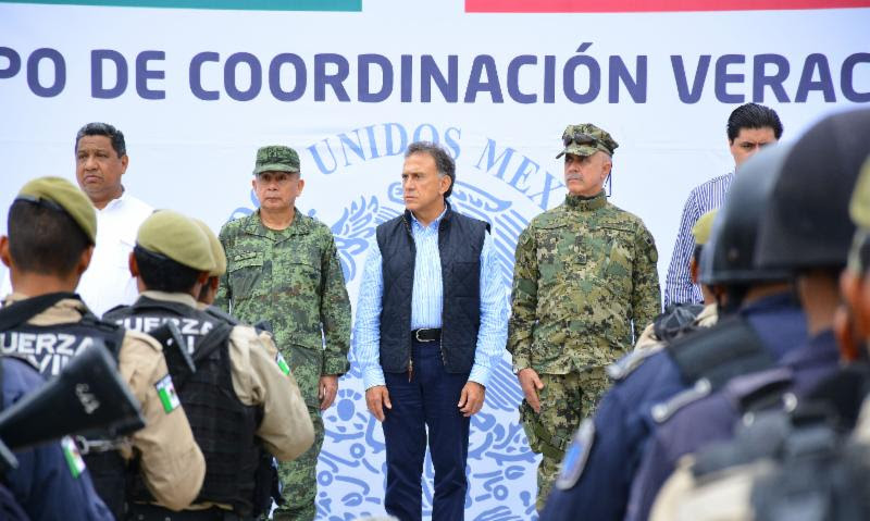 """""""Toda la fuerza del Estado Mexicano contra la delincuencia"""": Gobernador Yunes"""