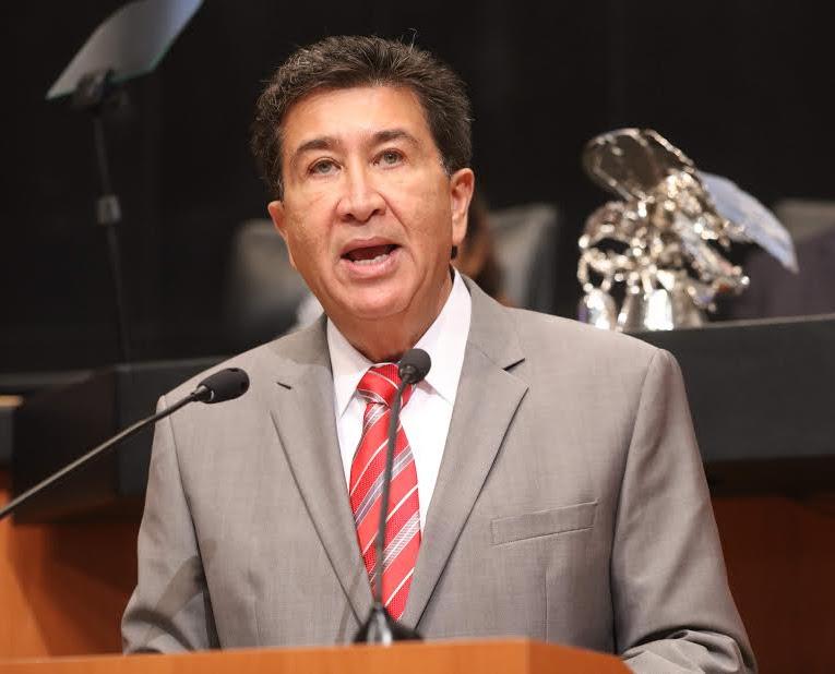 Pide el senador Héctor Yunes a la SCT revisar aumento a las tarifas de la autopista Perote-Banderilla y libramiento Xalapa