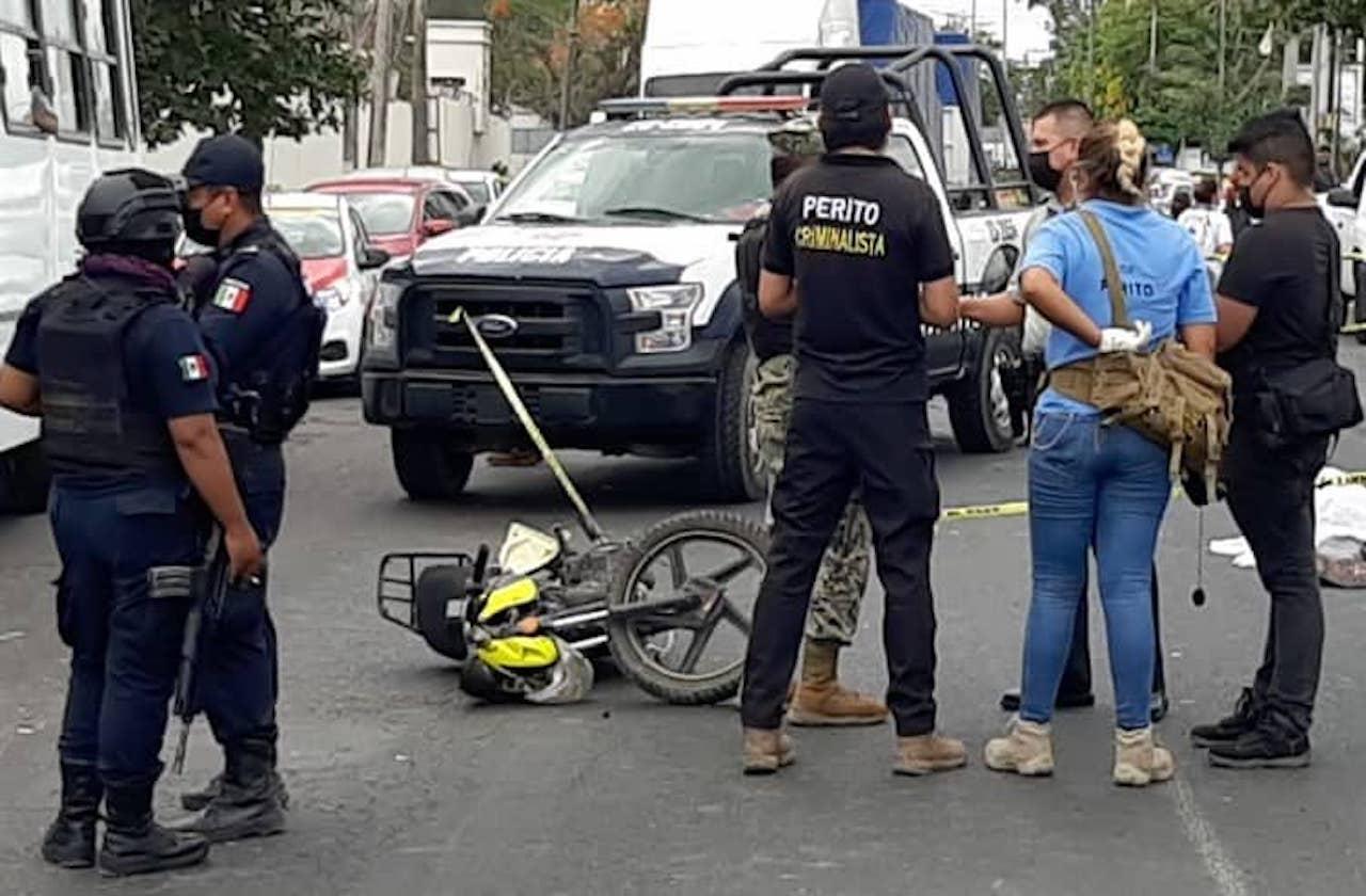 Urbano atropella y mata a motociclista, cerca de Las Bajadas