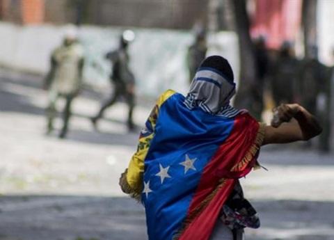 Maduro consuma Constituyente; oposición: es fraude