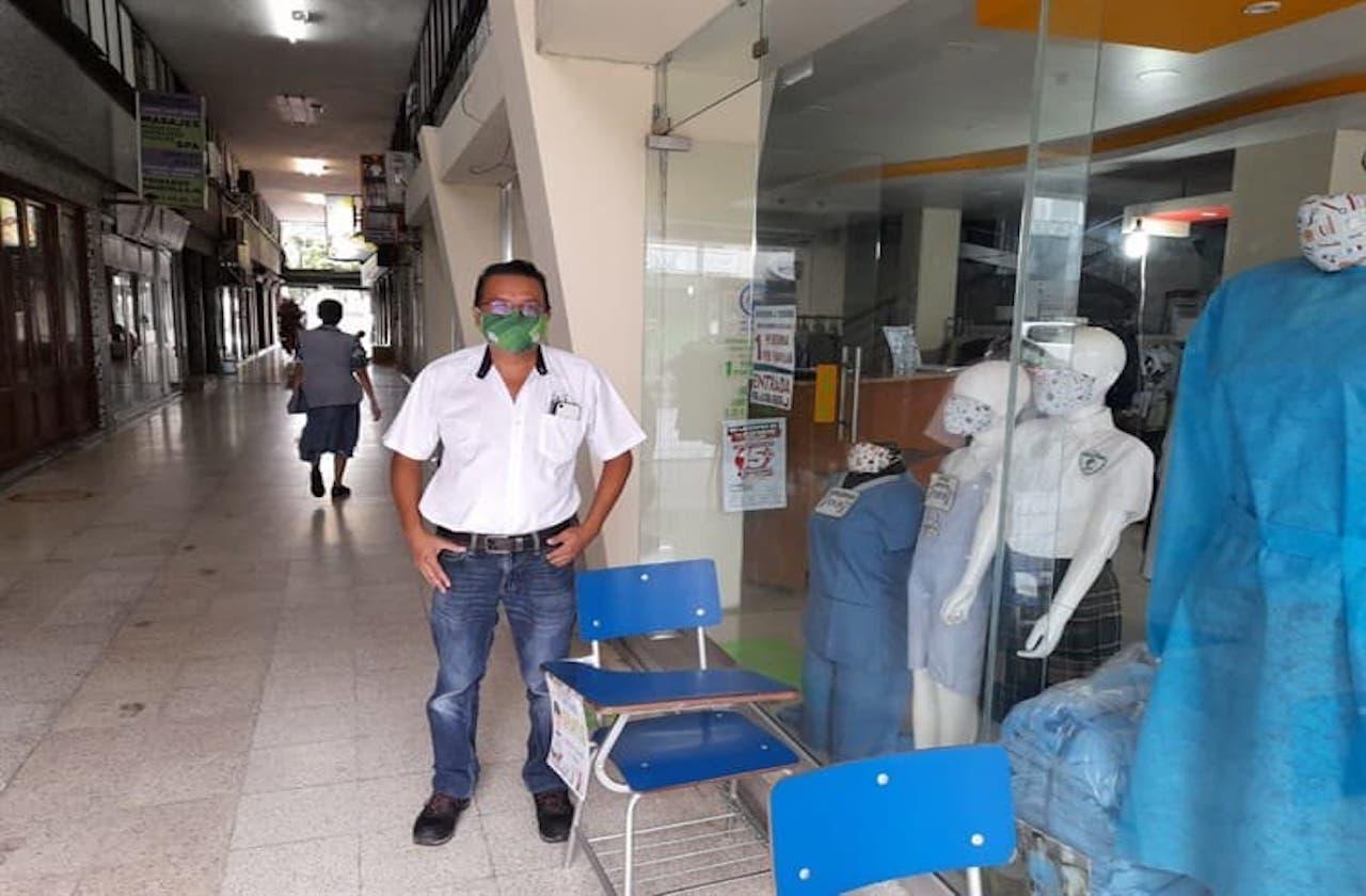 Vendedores de uniformes también buscan sobreponerse al covid