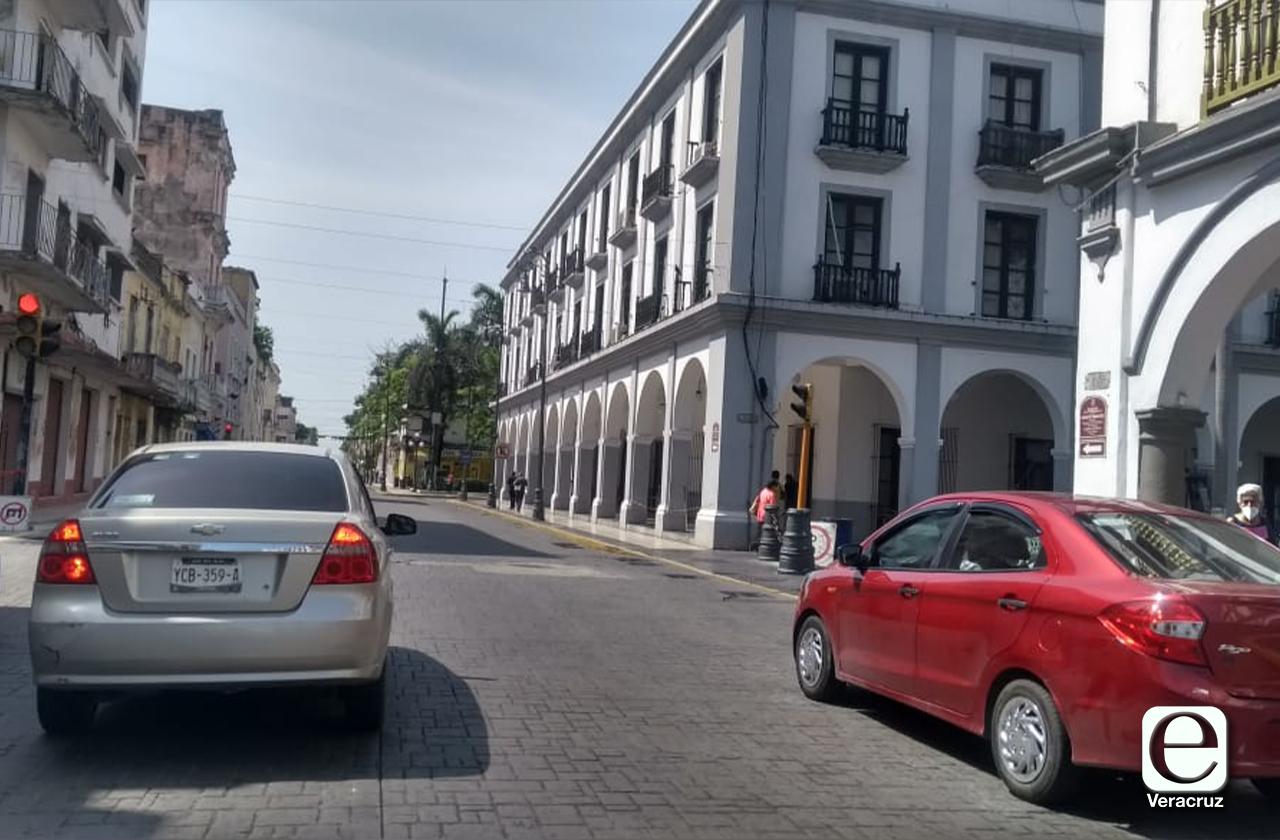 Cierres en centros en ciudades excepto en Puerto de Veracruz