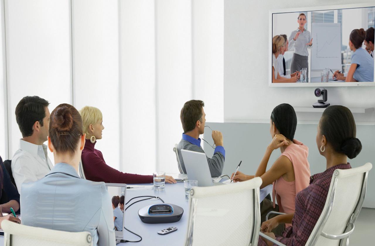 Telmex otorga licencias para videoconferencias a la UV