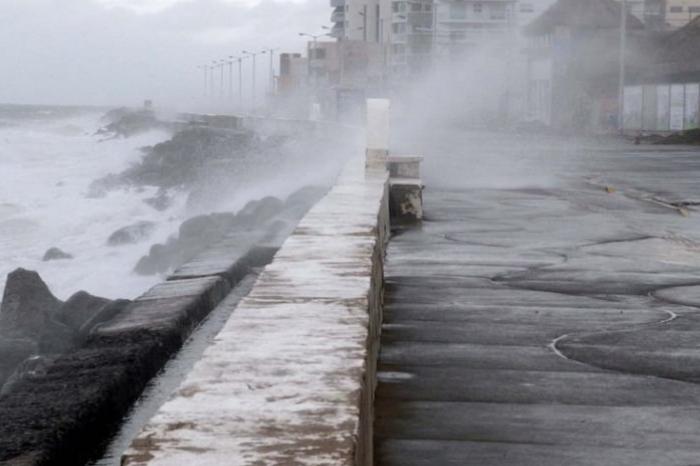 Alerta Gris: piden precaución por viento