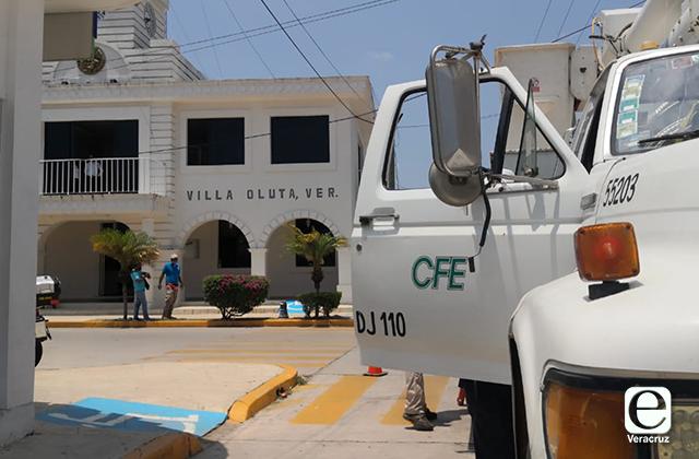 Cortan servicio de energía eléctrica al ayuntamiento de Oluta