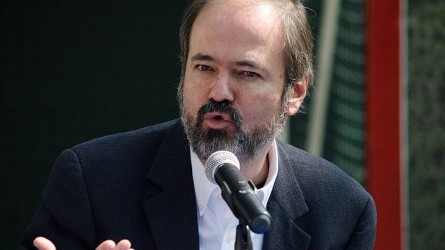 México vive una crisis de ilusiones: Juan Villoro