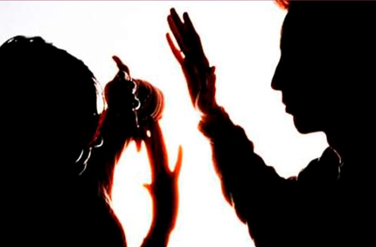 Mujer es violentada por su esposo en Las Choapas