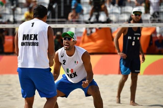 Dupla mexicana de voleibol de playa inicia JO con triunfo