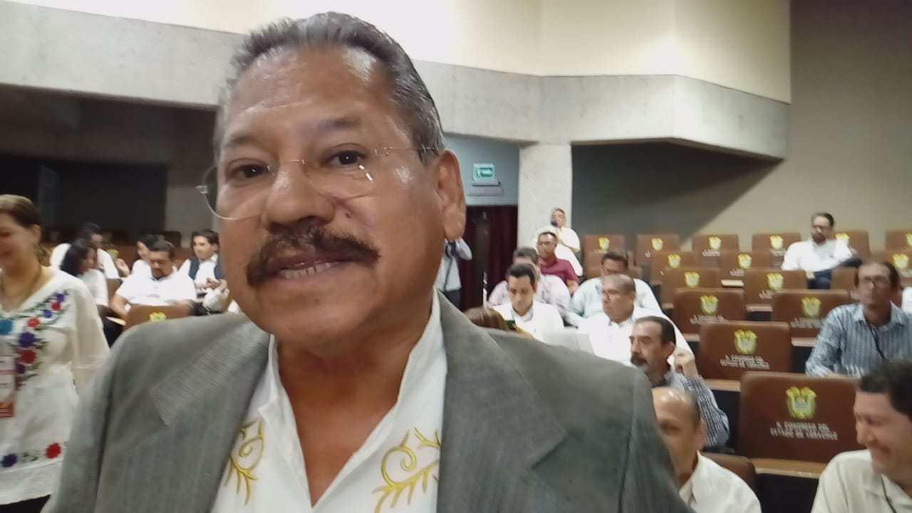 Alcalde de Cabada reconoce obra municipal en favor de su rancho