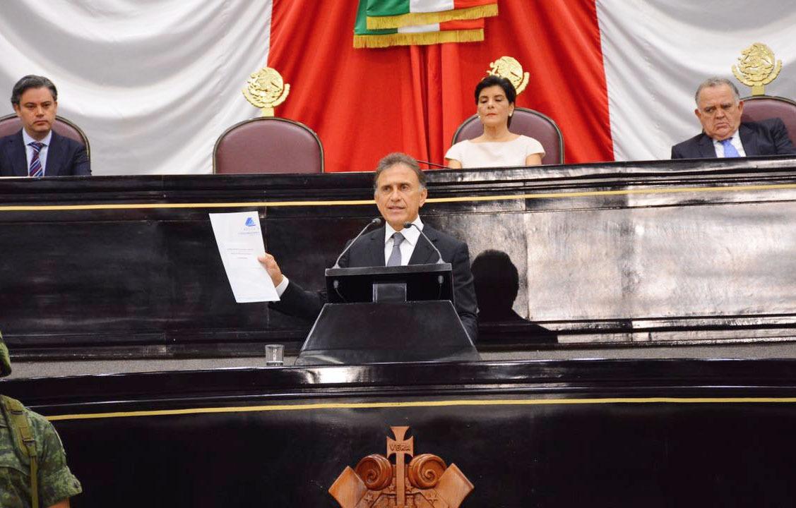 Recupera el Gobernador Yunes mil 250 millones de pesos que habían sido robados a los veracruzanos