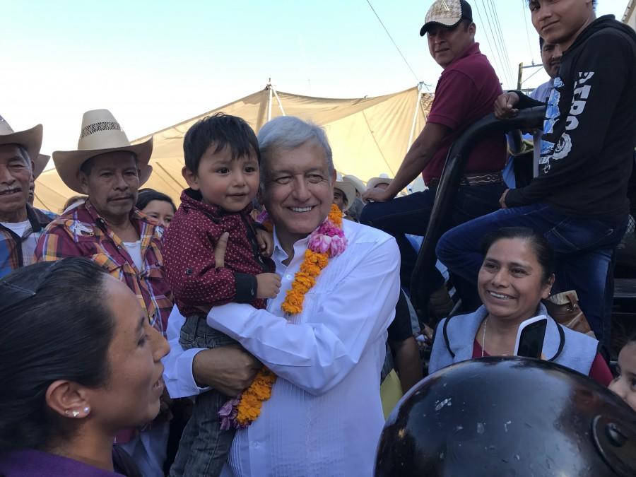 AMLO: Yunes endeuda Veracruz para impulsar a su hijo como gobernador