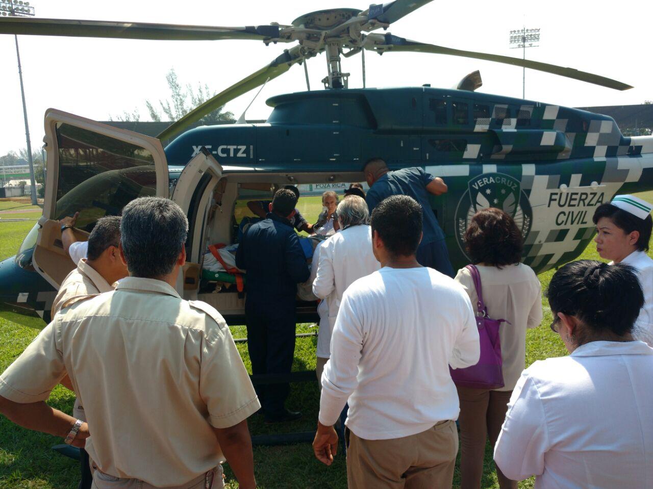 Periodista herido es trasladado a hospital del puerto de Veracruz