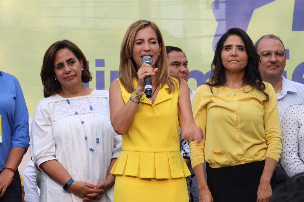 Diputada de Morena presume cinturón de 260 euros