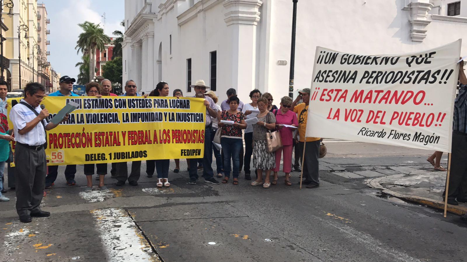 Jubilados se solidarizan con periodistas en el día de la libertad de expresión