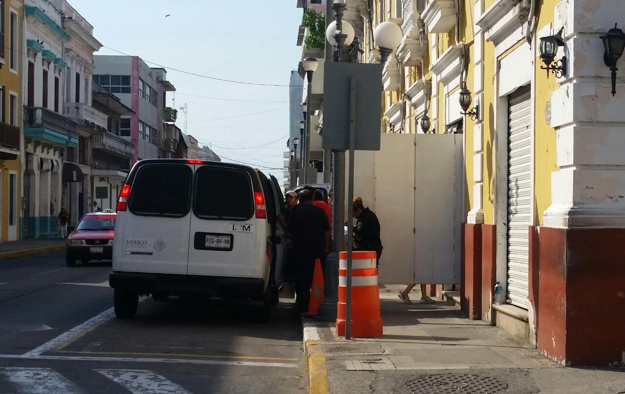 Detienen camión con 126 migrantes en Palma Sola, Veracruz