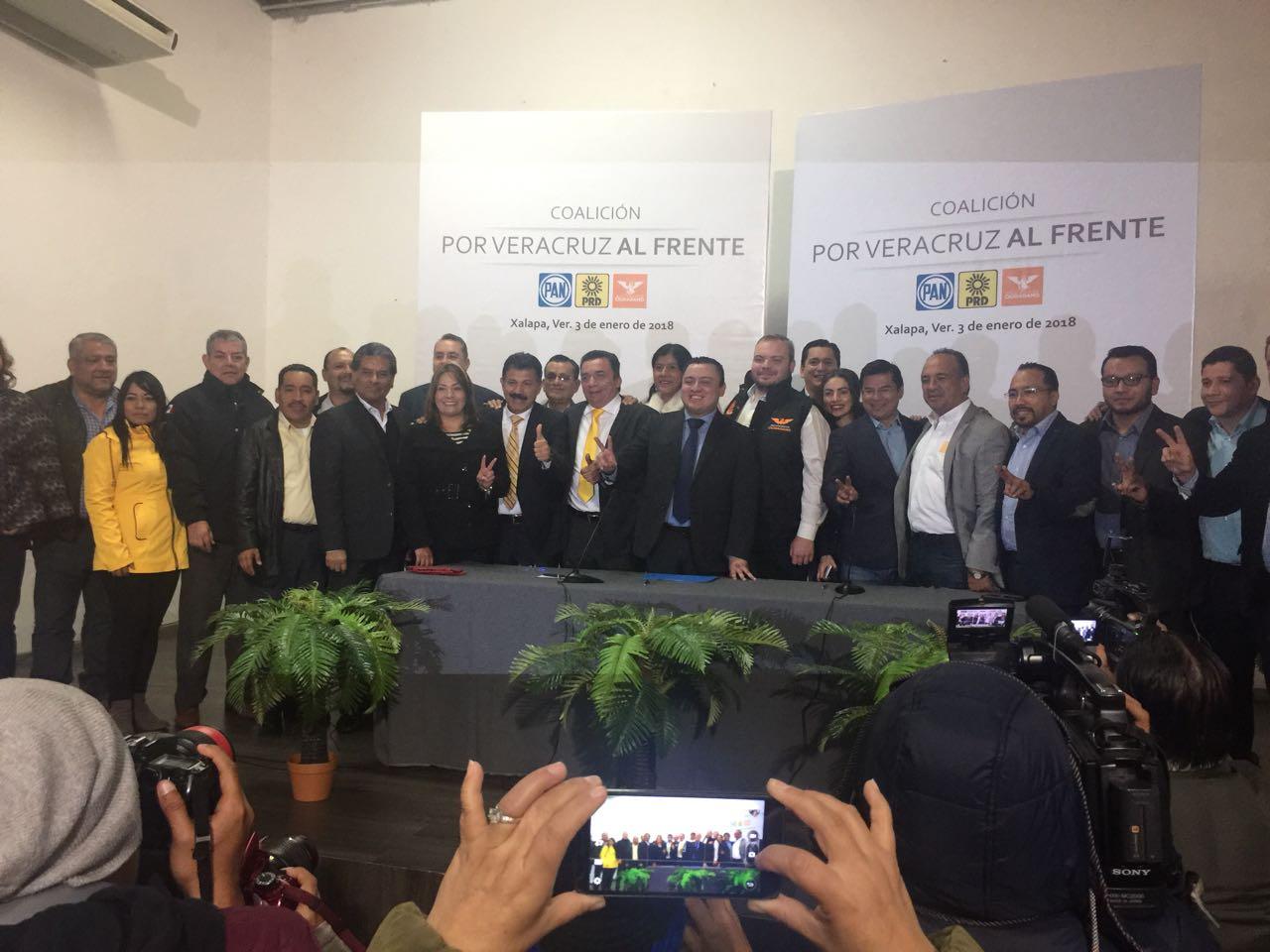 Registran coalición PAN-PRD-MC ante el OPLE Veracruz