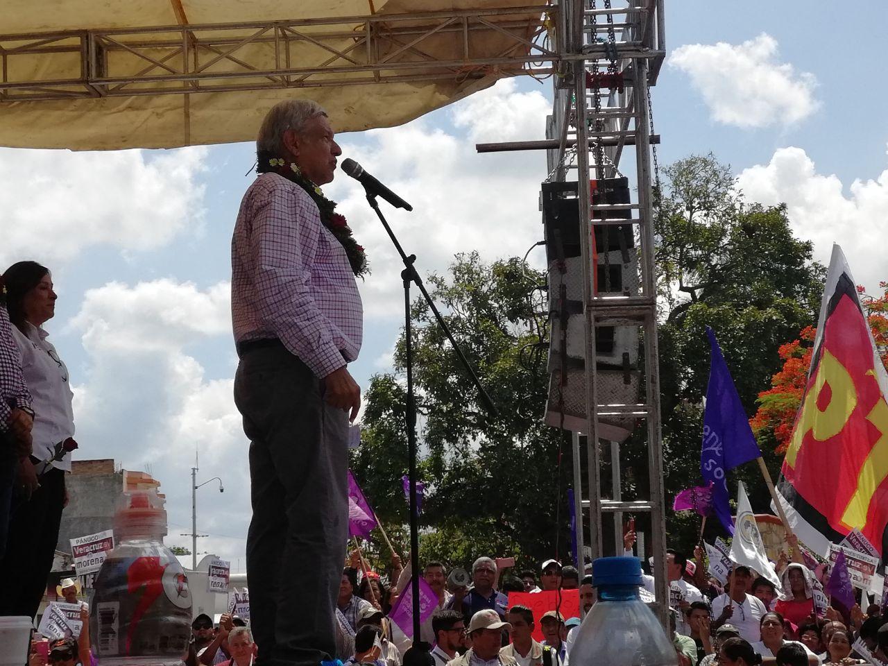 Advierte AMLO: de ganar Yunes la gubernatura, no se entenderá con él