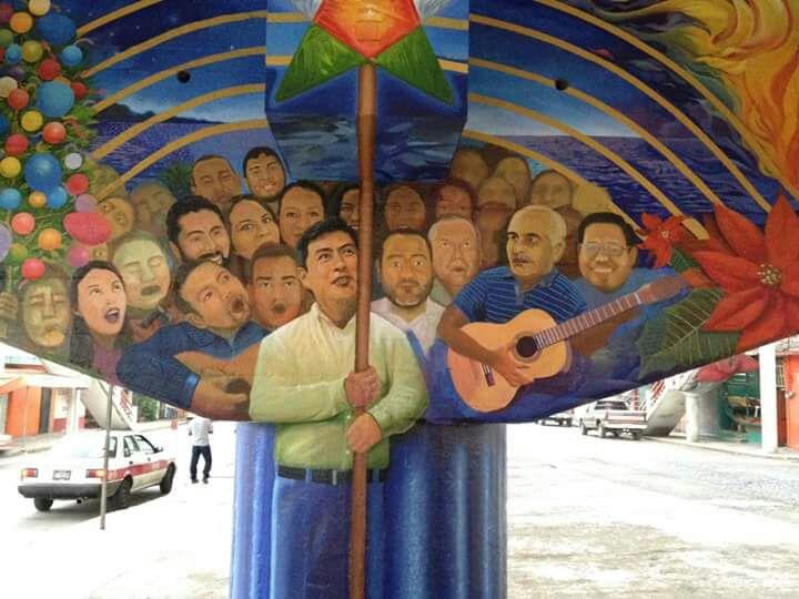 Funcionarios de Tuxpan plasman sus rostros con mural en obra pública