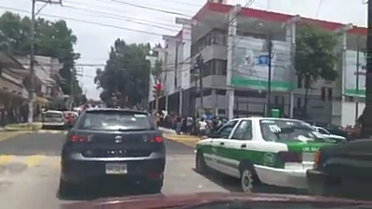 VIDEO: Largas filas en el PRI a horas de la elección