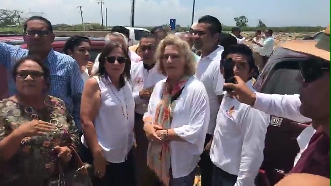 AMLO envía a futuras secretarias a inspeccionar basurero de Las Matas