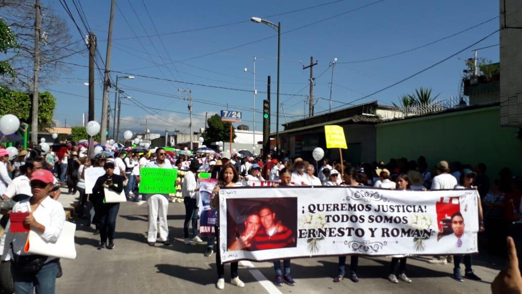 Orizaba: con marcha exigen justicia para hermanos asesinados por policías