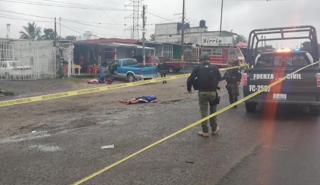 Acribillan a tres sobre la carretera Córdoba - Veracruz, en Amatlán