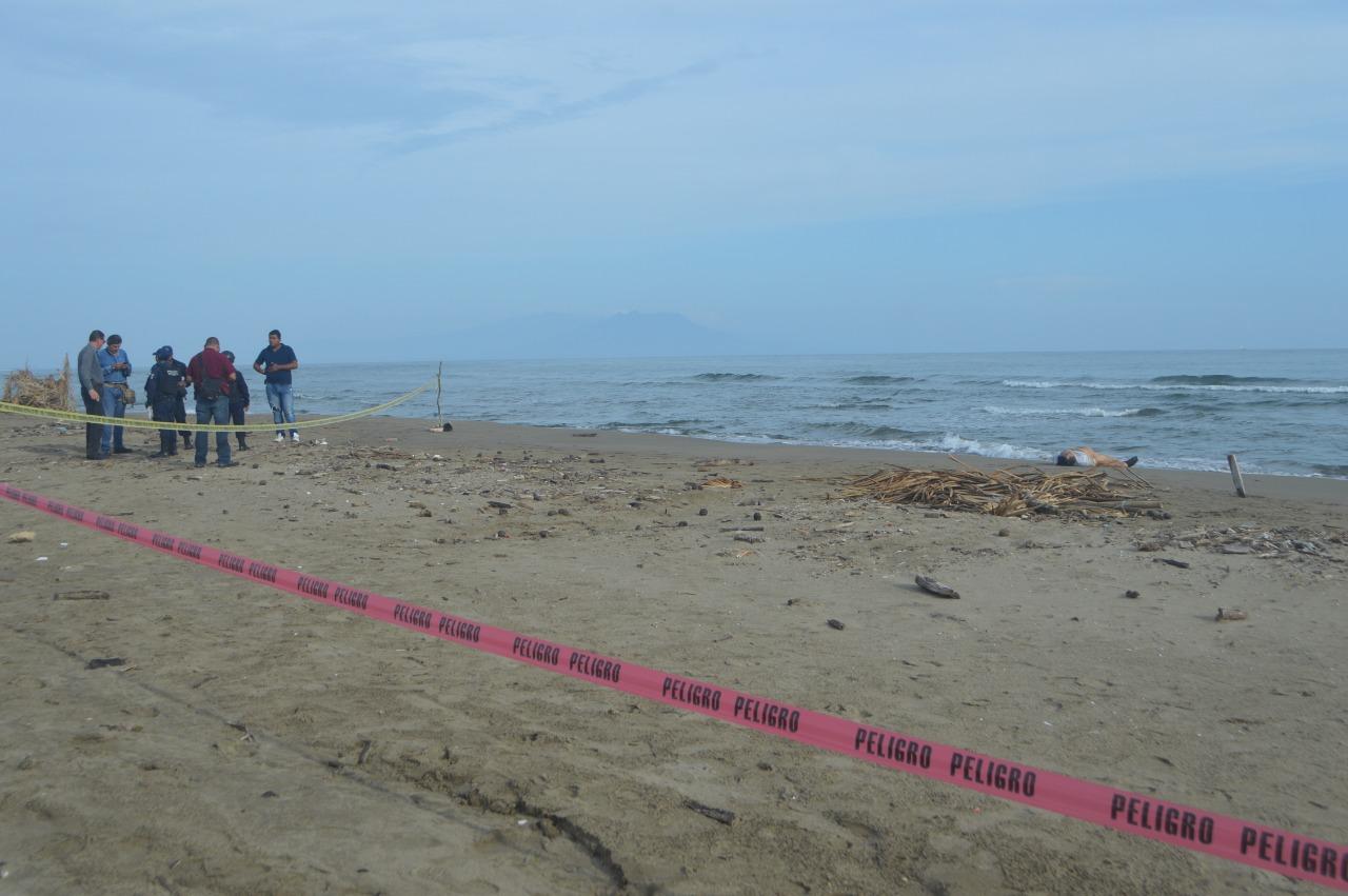 Hallan cadáver en playa de Coatzacoalcos