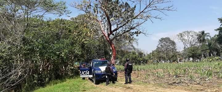 Hallan cuerpo con impacto de bala en Ixtaczoquitlán; sería de sujeto secuestrado