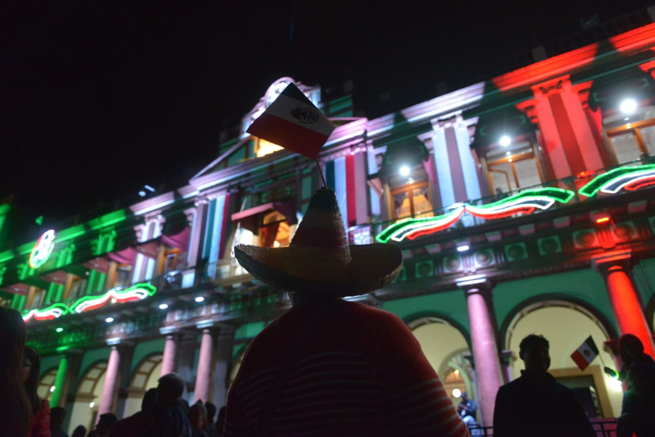 Cuitláhuac se deslinda por accidente con pirotecnia