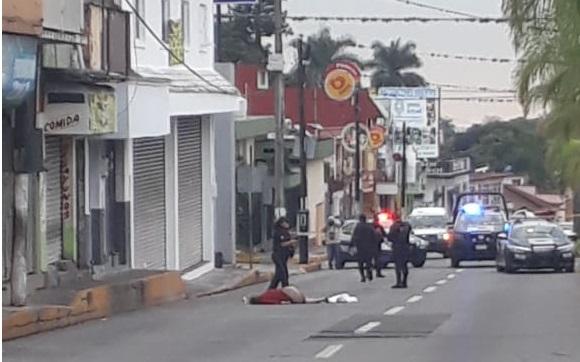 Autobús arrolla y asesina a mujer de la tercera edad en Córdoba