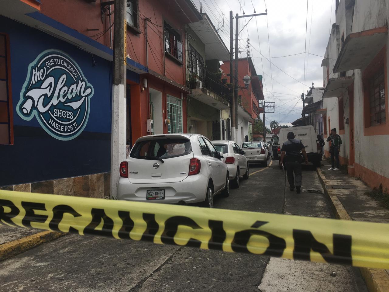 Balean a doctora en calle Rayón, en Xalapa
