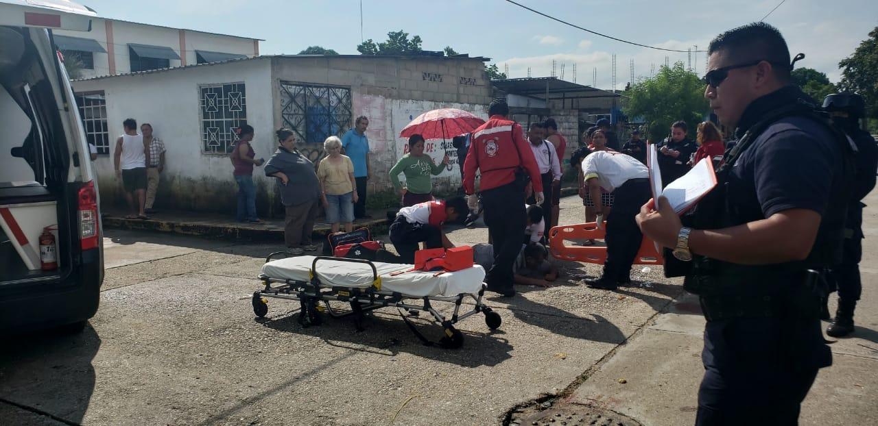 Persecución policíaca deja 2 civiles graves en Cosoleacaque