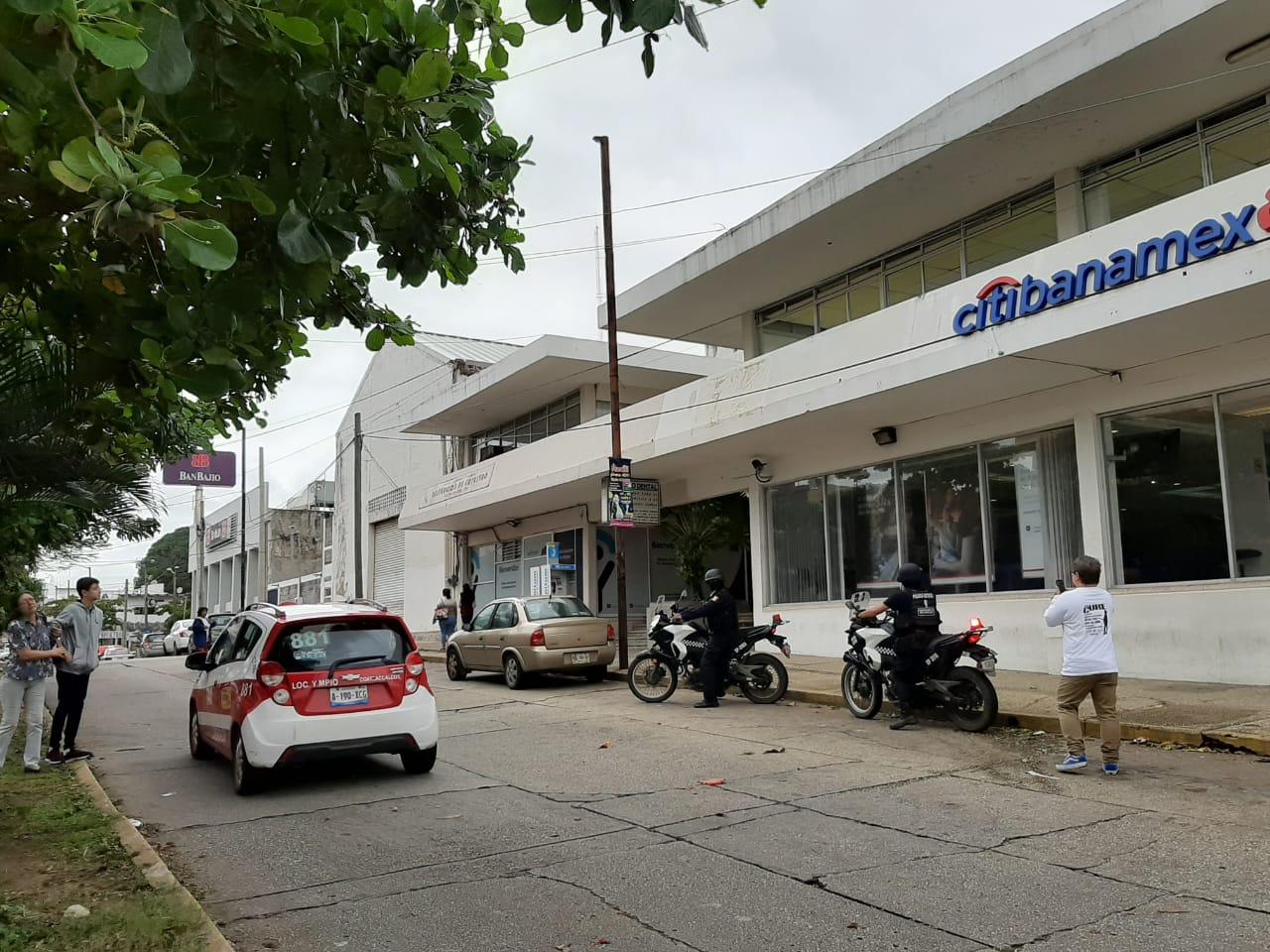 En inicio de Buen Fin, asaltan banco en Coatzacoalcos