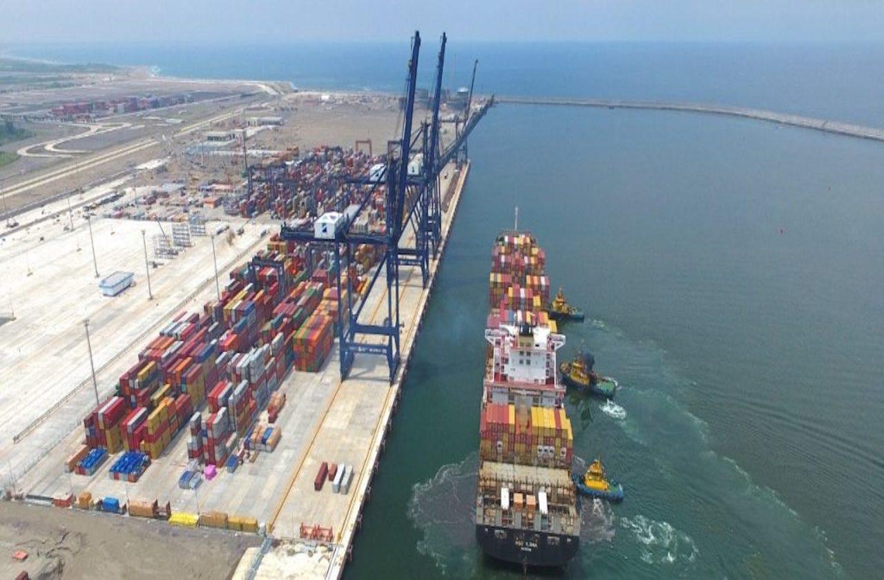 Se estanca movimiento de carga en el Puerto de Veracruz