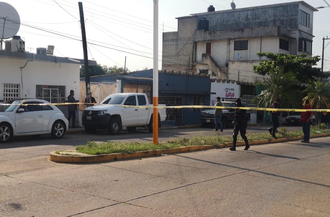 Comando ataca base de la FGR en Acayucan