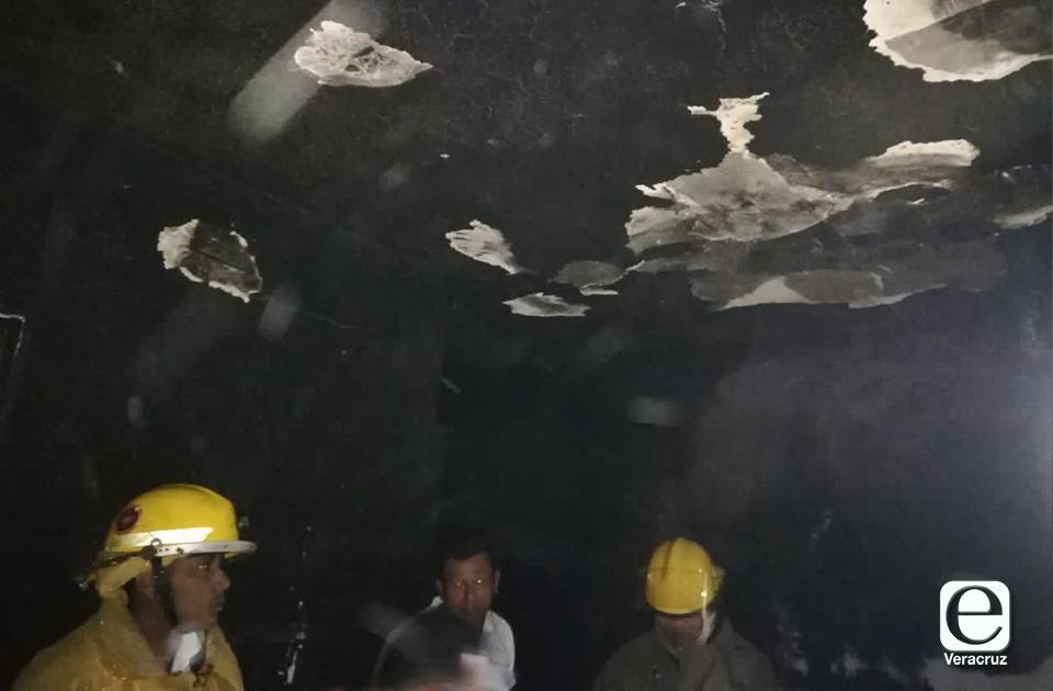 2 casas y 1 comercio se incendiaron en menos de 24 horas en Coatza