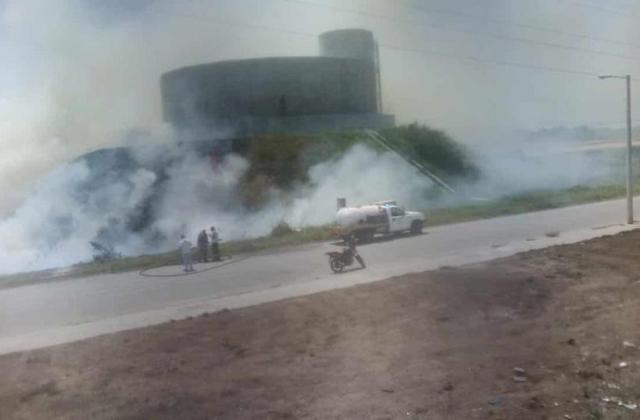 Alarma por incendio en pastizal de Puente Moreno, en el puerto