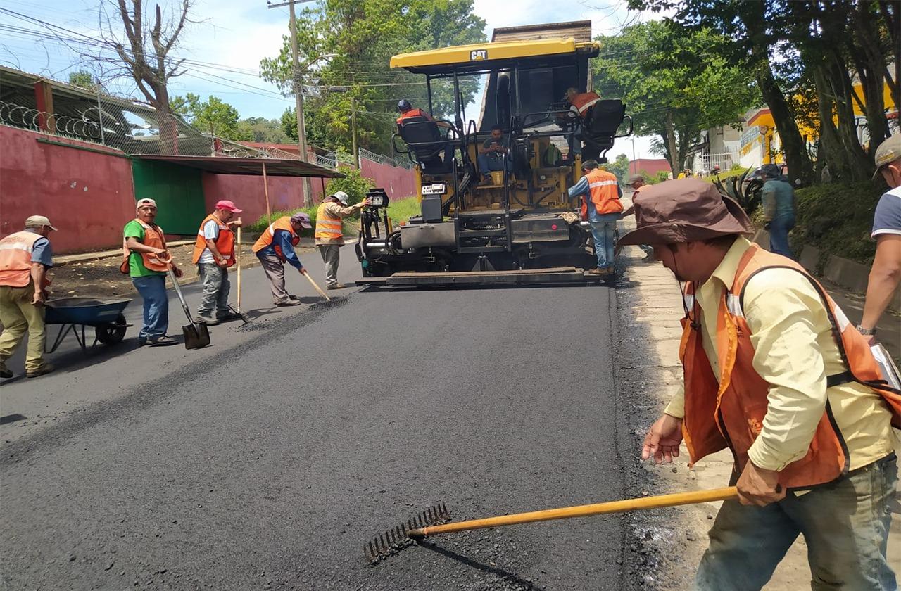 Van más de 10 millones para bacheo de calles xalapeñas