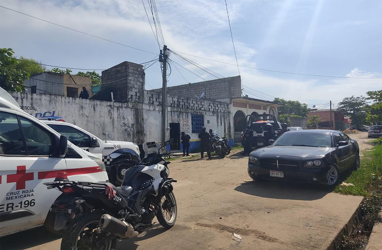 Trifulca en bar de Coatza genera fuerte movilización policiaca