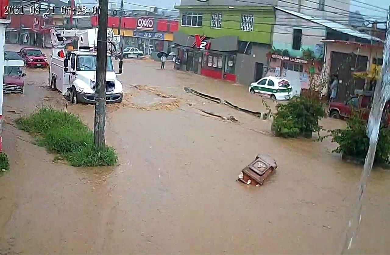 Más de 100 colonias de Xalapa afectadas por el paso de Grace
