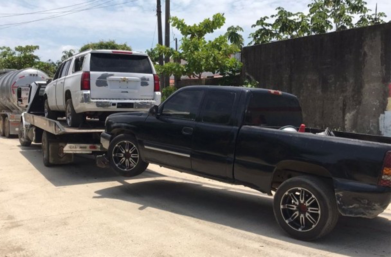 Localizan bodega con autos robados en Cosolecaque