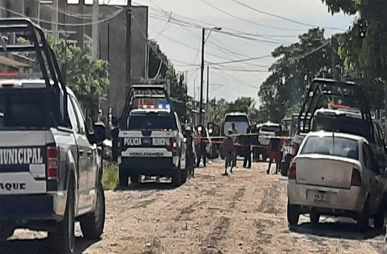 Tarde violenta en el sur; asesinan a 4 hombres en Cosoleacaque